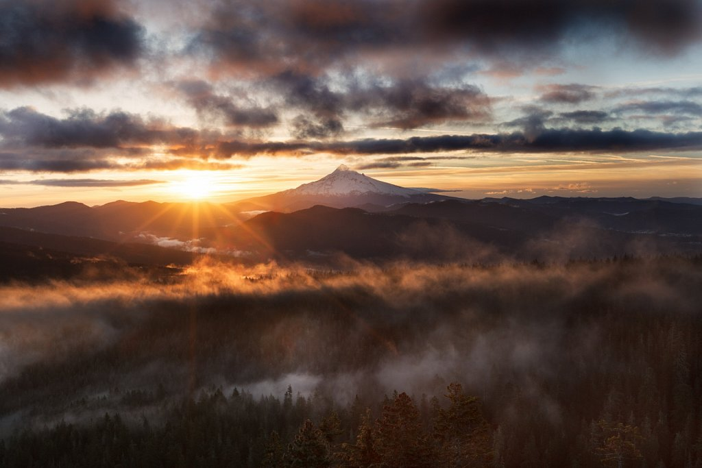 Mt Hood Sunrise - Larch Mountain